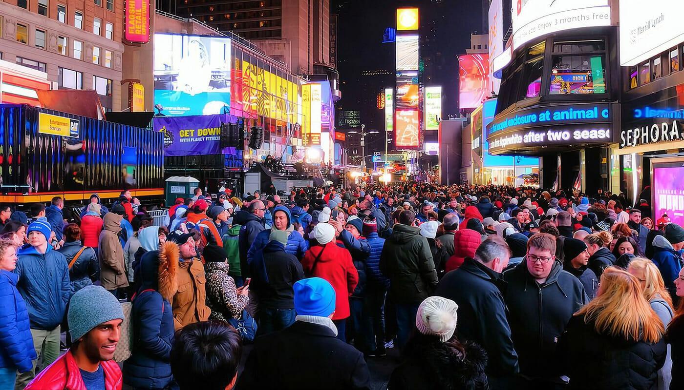 ニューヨーク 大晦日 - 混雑するタイムズスクエア