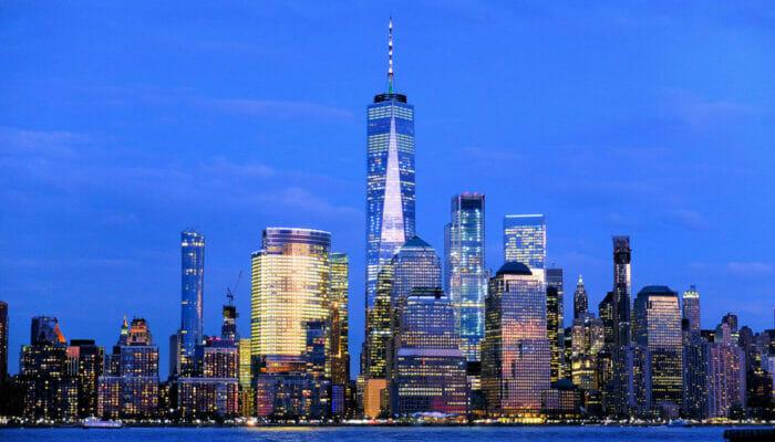 サークルライン ニューヨーク ハーバーライト クルーズ - スカイライン