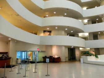 ニューヨーク・グッゲンハイム美術館