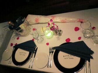 バレンタインのロマンチックなディナークルーズ - ロマンチックディナー