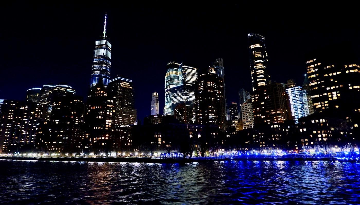 ニューヨーク サンクスギビング ディナークルーズ - 景色