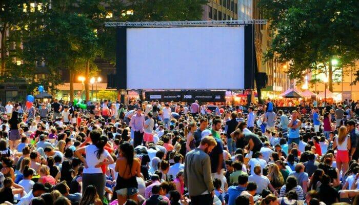 ニューヨーク ブライアントパーク 無料映画 ムービーナイト