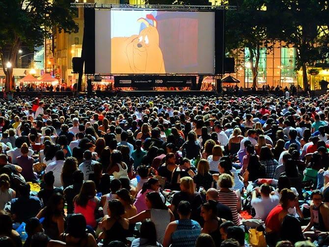 ニューヨーク ブライアントパーク 無料映画