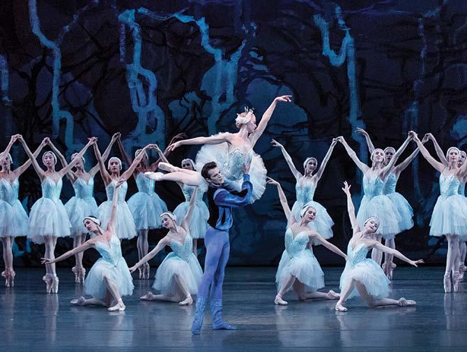 ニューヨーク バレエ チケット - 白鳥の湖