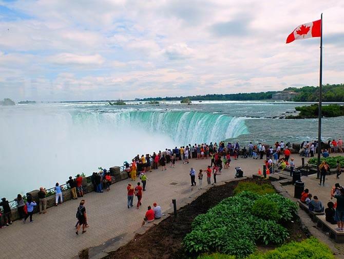 カナダ フィンガーレイクス ニューヨーク州 2泊3日 ツアー
