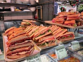 イタリアンマーケットのサンドイッチ