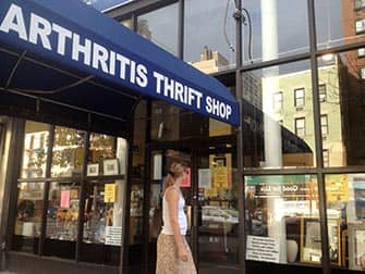 ニューヨーク アッパーイーストサイドでのショッピング アースリティス スリフトショップ