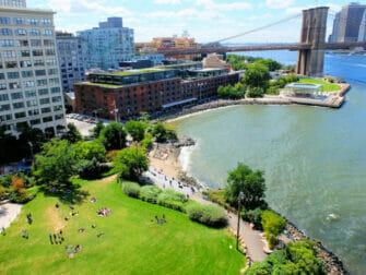 ニューヨーク 公園 - ブルックリンブリッジパーク
