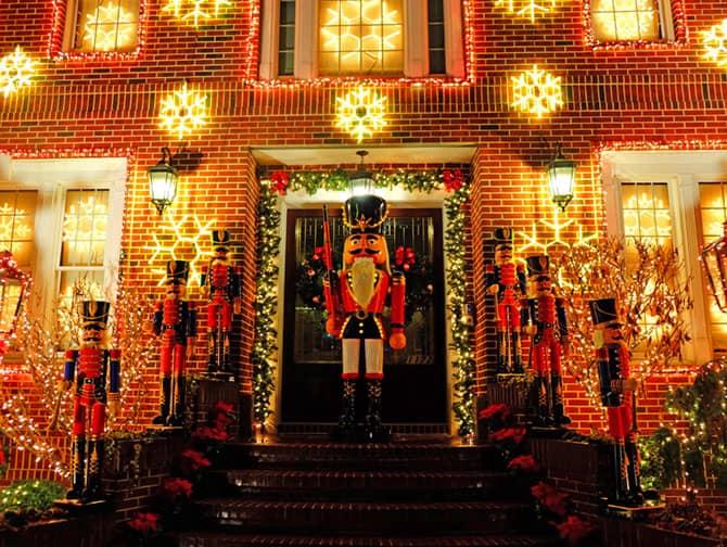ニューヨーク クリスマスシーズン - ダイカーハイツの装飾