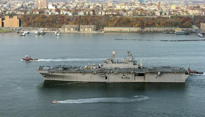 ニューヨークシティ フリートウィークの船