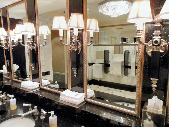 ニューヨーク 公共のトイレ