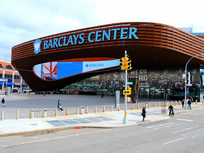 ブルックリン ツアー - バークレイズセンター