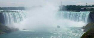 ニューヨーク 発 ナイアガラの滝 1泊2日 ツアー