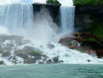 ニューヨーク 発 ナイアガラの滝 1泊2日 ツアー ブライドベール 滝