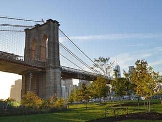 ニューヨーク ブルックリンブリッジパーク - ブルックリンブリッジ