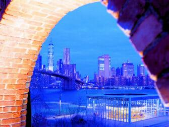 ニューヨーク ブルックリンブリッジパーク - Empire Stores