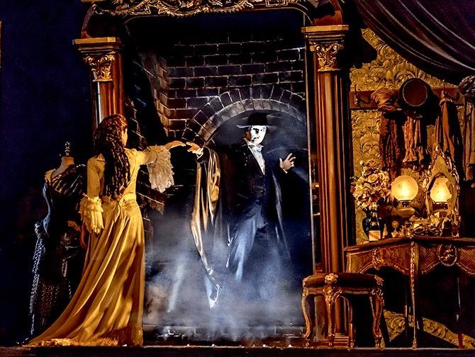 ブロードウェイ オペラ座の怪人 チケット - 装飾