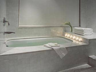 NYCのロマンチックなホテル ロンドンNYC
