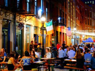 ニューヨーク ストーンストリートのバーやレストラン