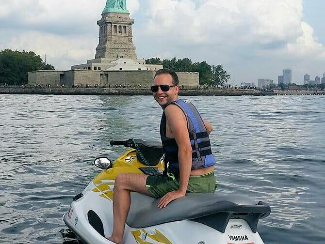 ニューヨーク ジェットスキー - 自由の女神