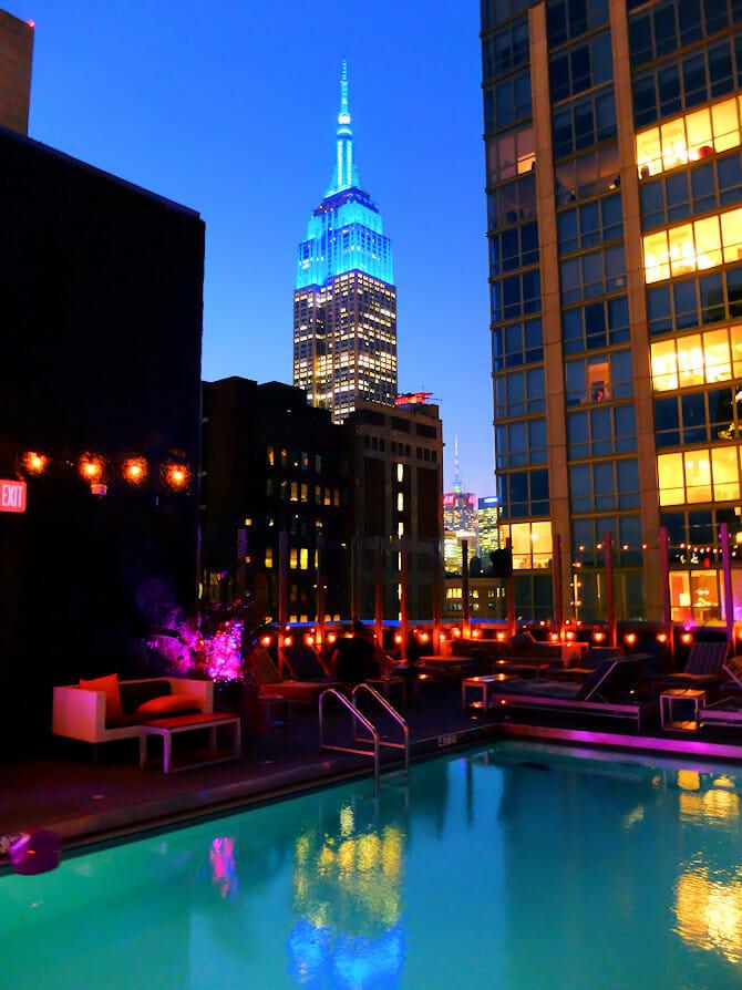 ニューヨーク スイミング - ロイヤルトンホテル