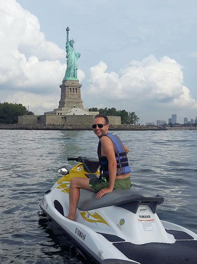 ニューヨーク スイミング - ジェットスキー