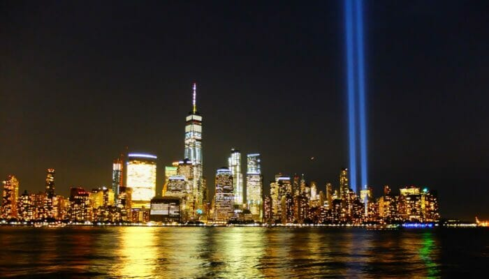 ニューヨーク 911 - トリビュート・イン・ライト