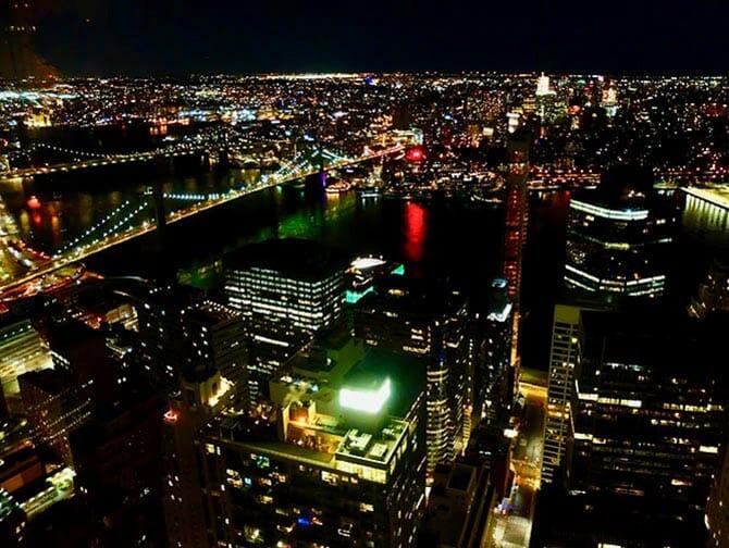 ニューヨークのレストラン - マンハッタからの景色