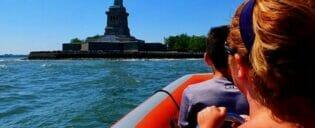 ニューヨーク ハイスピードボート ツアー