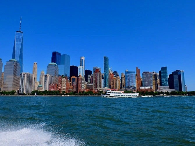 ニューヨーク ハイスピードボート ツアー - ボートからの眺め