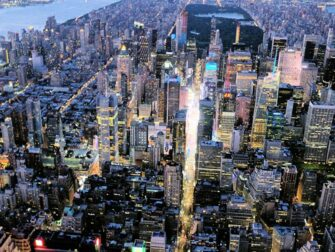 Evening Helicopter Tour and Sightseeing Cruise in New York Times Square