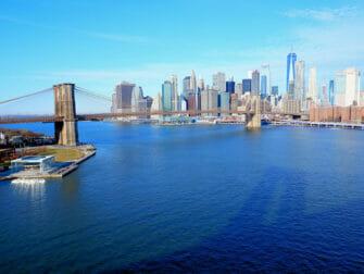 ニューヨークのマンハッタンブリッジ - 橋の眺め