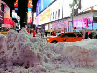 ニューヨークの雪 - タイムズスクエア